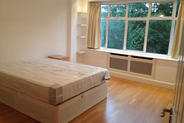 Thumbnail Room to rent in Delamere Road, London