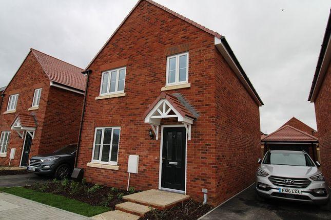 Thumbnail Detached house to rent in Apollo Crescent, Bursledon, Southampton