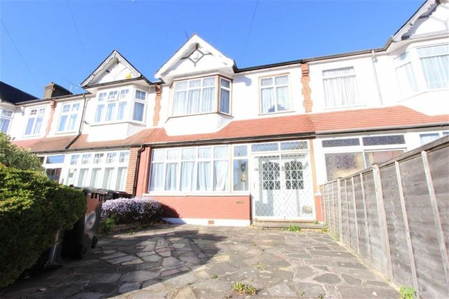 Thumbnail Terraced house for sale in Halstead Gardens, Winchmore Hill, London