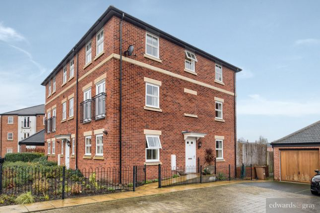 Thumbnail Town house for sale in Horseshoe Crescent, Birmingham