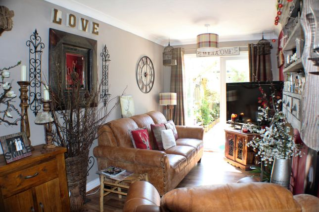 Lounge of Aspen Drive, Dover CT16