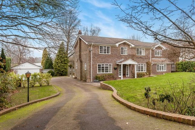 Thumbnail Property for sale in Warwick Park, Tunbridge Wells
