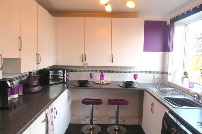 Kitchen of Naburn Walk, Leeds LS14