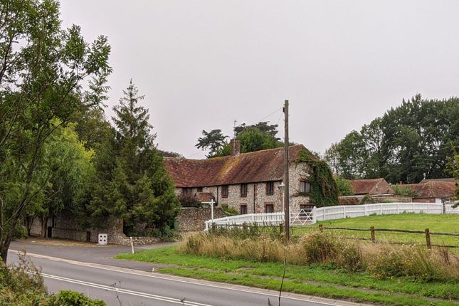 Thumbnail Country house for sale in Beddingham, Lewes