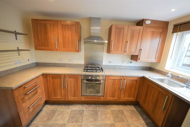 Thumbnail Terraced house to rent in Spinner Drive, Havant
