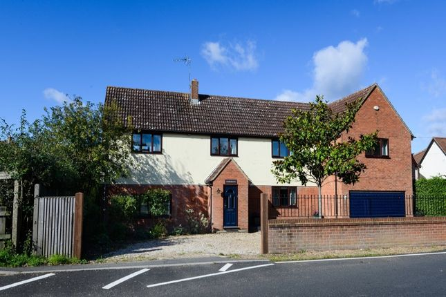 Thumbnail Detached house for sale in Church Road, Stansted