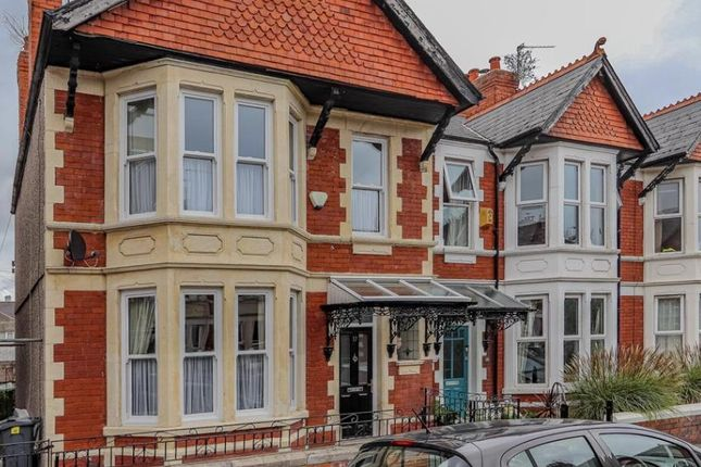 4 bed end terrace house for sale in Laytonia Avenue, Heath, Cardiff CF14