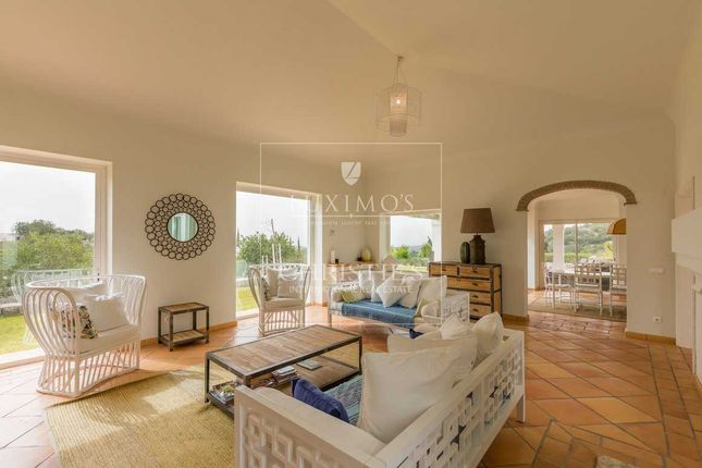 Villa for sale in Loule, Loule ( S. Clemente), Portugal