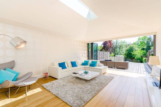 Thumbnail Property for sale in Shepherds Hill, Highgate
