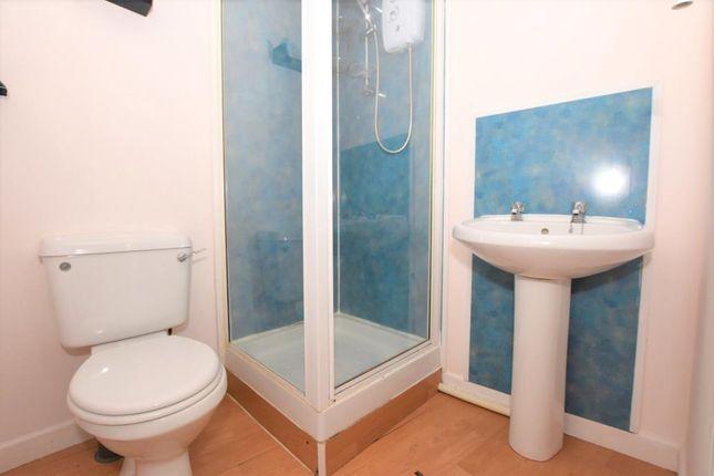 Shower Room of Brewery House, Bay Tree Hill, Liskeard, Cornwall PL14