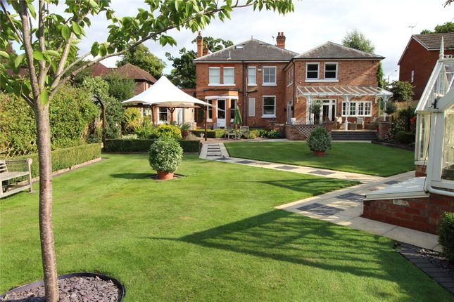 Thumbnail Detached house for sale in Lillington Avenue, Leamington Spa, Warwickshire