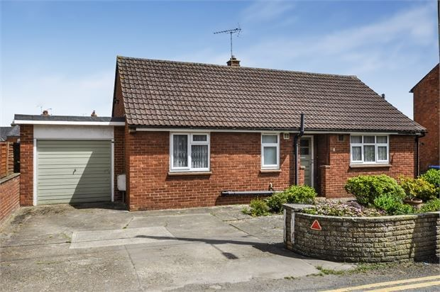 Thumbnail Detached bungalow for sale in Frederick Street, Waddesdon, Buckinghamshire.