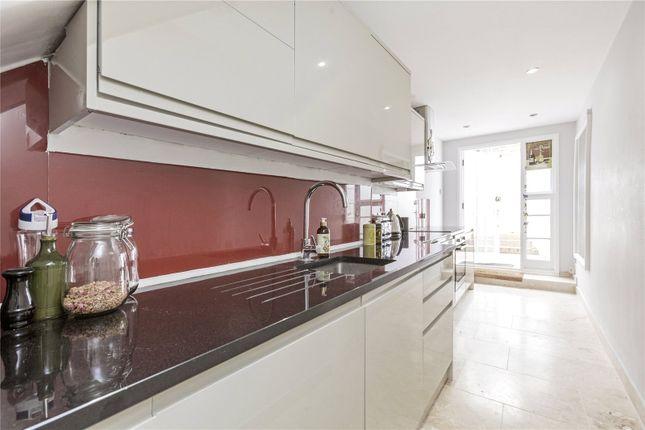 Thumbnail Mews house to rent in Moreton Terrace Mews North, Pimlico, London