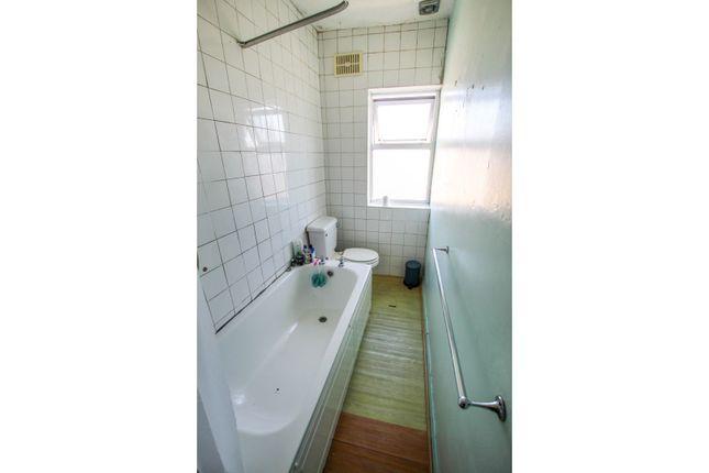 Bathroom of Stanbury Road, Victoria Park BS3