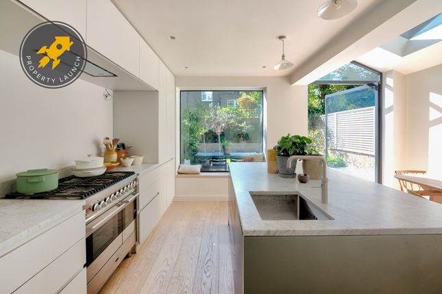 Thumbnail Terraced house for sale in Reighton Road, London