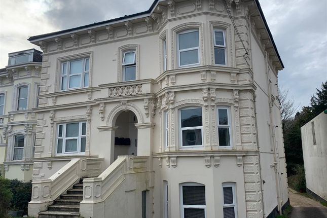 3 bed flat to rent in Park Road, Tunbridge Wells TN4