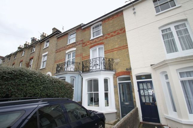 Thumbnail Semi-detached house to rent in Victoria Road, Cowes