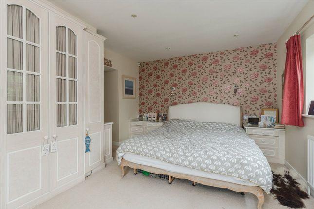 Picture No. 15 of Bulstrode Lane, Felden, Hemel Hempstead, Hertfordshire HP3