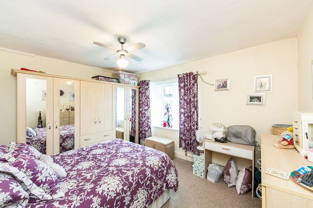 3 bed semi-detached house for sale in Great North Road, Woodlands, Doncaster