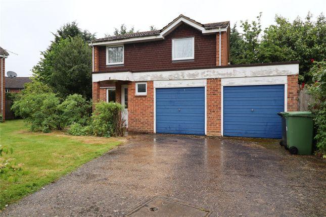 4 bed detached house for sale in Rosewarne Close, Woking GU21
