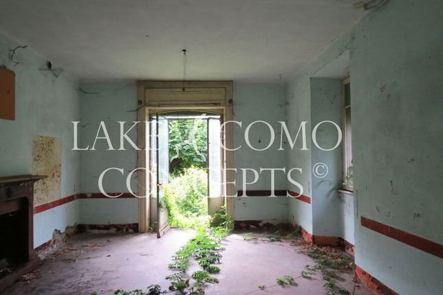 Detached house for sale in Mezzegra, Menaggio, Como, Lombardy, Italy