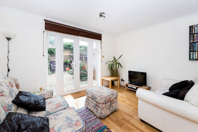 Thumbnail Terraced house to rent in Kingsworthy Close, Kingston Upon Thames
