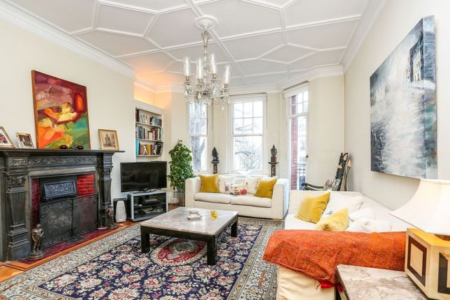 Thumbnail Property for sale in Oakwood Court, Abbotsbury Road, Holland Park, London