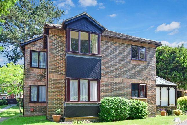 2 bed flat for sale in Roseneath Court, Caterham, Surrey CR3