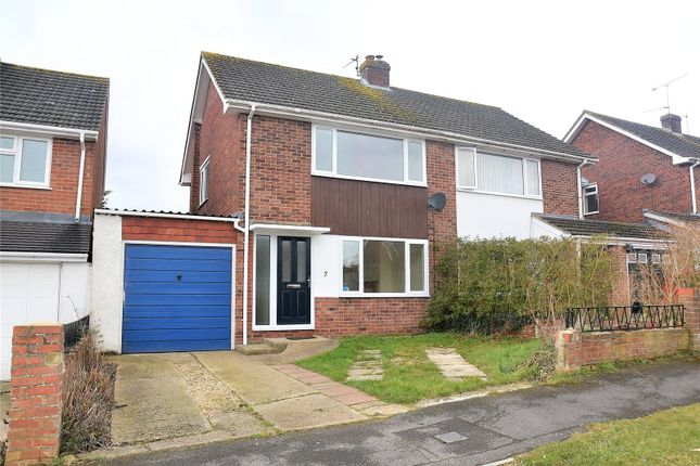 Thumbnail Semi-detached house to rent in Glendale Road, Tadley, Hampshire
