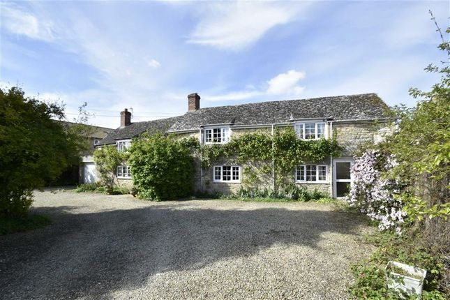 Thumbnail Cottage for sale in Northampton Road, Weston-On-The-Green, Bicester
