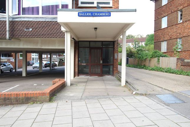 Thumbnail Flat to rent in Baliol Chambers, Hollow Lane, Hitchin Ref-D27Bali