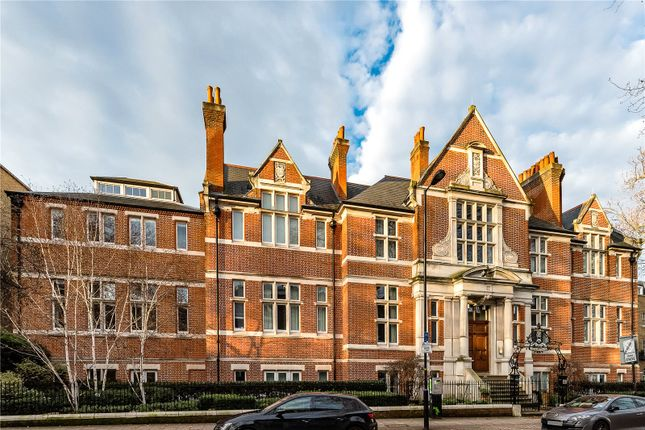 Thumbnail Flat for sale in Mary Datchelor House, Camberwell Grove, London