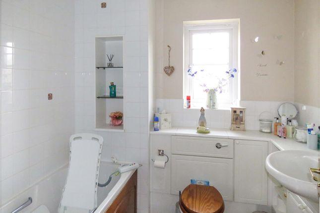 Bathroom of Sumerling Way, Bluntisham, Huntingdon PE28