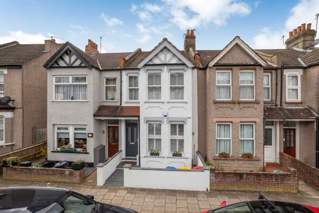 Thumbnail Flat for sale in Meadow Road, Bromley