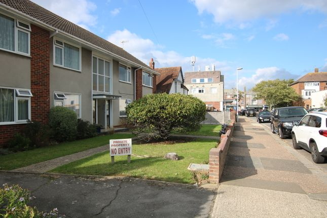 1 bed flat to rent in Brooklyn Avenue, Goring-By-Sea, Worthing BN11