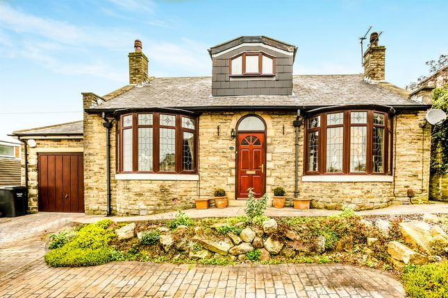 Thumbnail Detached house for sale in Clifton Common, Clifton, Brighouse