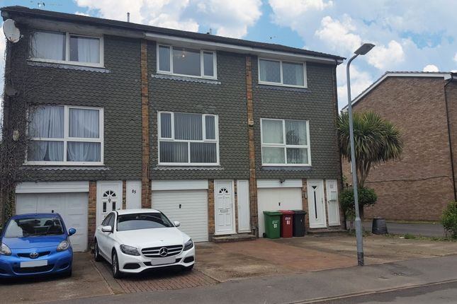 Thumbnail Terraced house to rent in Laburnum Grove, Langley, Slough