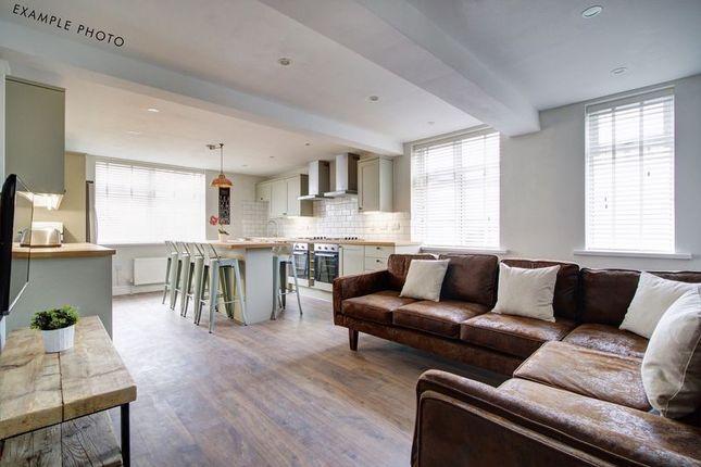 Thumbnail Flat to rent in Bankfield Road, Huddersfield