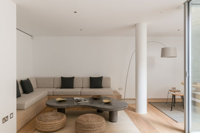 The Modern House - Cheyne Walk (15)