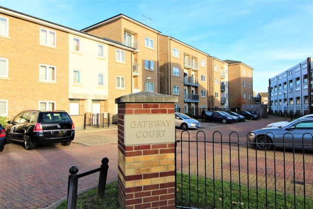 Thumbnail Flat to rent in Convent Way, Southall