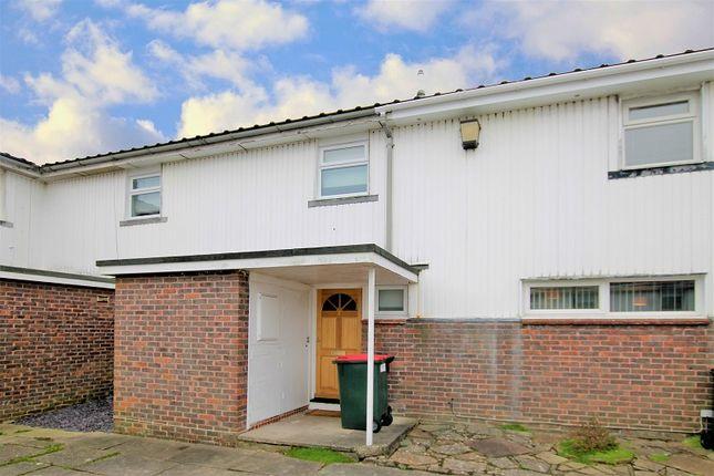 Flamsteed Heights, Eddington Hill, Crawley, West Sussex. RH11