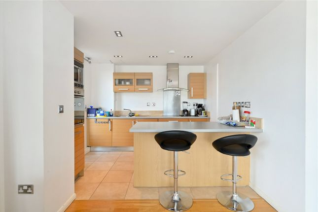 Kitchen of City Tower, 3 Limeharbour, Canary Wharf, London E14