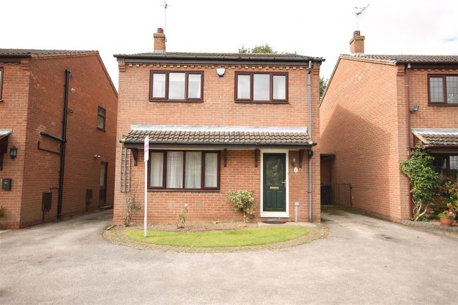 Thumbnail Detached house for sale in Capthorne Close, Linacre Woods, Chesterfield