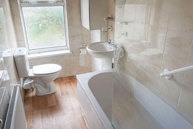 Bathroom of Alum Rock Road, Birmingham B8