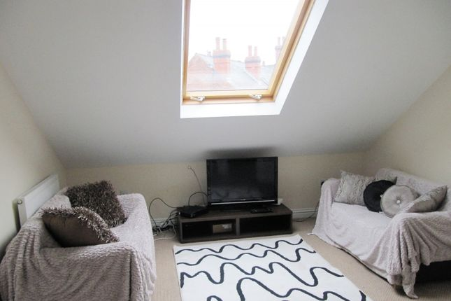 Thumbnail 4 bed flat to rent in Club Street, Sheffield