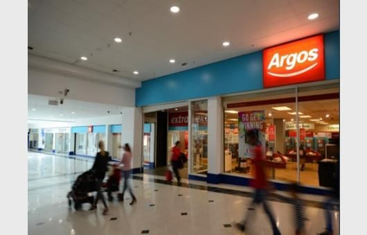 Thumbnail Retail premises to let in Unit 74-78, 7-10 Wulfrun Square, Wulfrun Shopping Centre, Wolverhampton