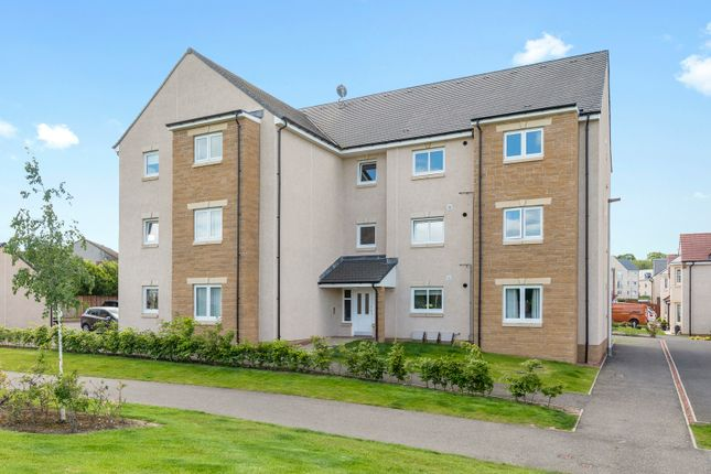 Thumbnail Flat for sale in Wester Kippielaw Green, Dalkeith