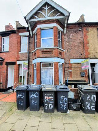 Thumbnail Block of flats for sale in Reginald Street, Luton