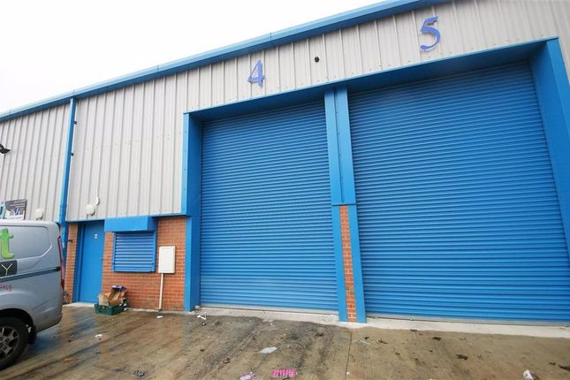 Thumbnail Commercial property to let in Dolly Lane Business Ctr, Leeds, West Yorkshire