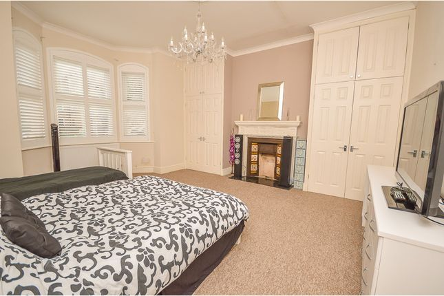 Thumbnail Flat for sale in 54 Chaucer Road, Bedford